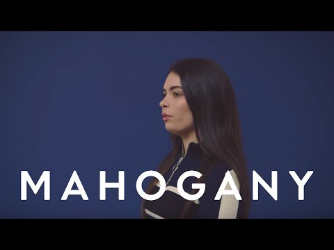 Liv Dawson - Searching | Mahogany Session