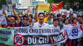 Cuộc gặp Trump-Kim, Dự luật An ninh mạng và sự kiện Bình Thuận