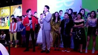 Angela Phương Trinh thừa nhận thích hôn môi với Rocker Nguyễn lẫn Hữu Vi (18/8/2017)