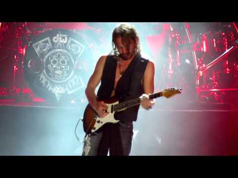 Guitarrista de Mana HD en Israel