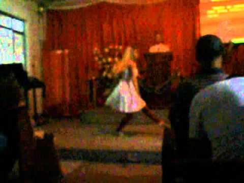 Baixar (De Deus - Daniela Araújo) - Ministração de dança - Gi e interpretada por  -Hadassa Mara