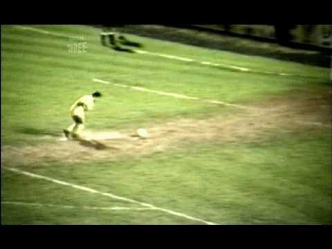 'Thảm họa' penalty tệ nhất lịch sử bóng đá