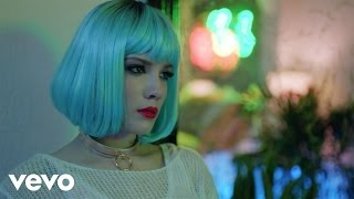 Halsey - Ghost (Official Music Video)