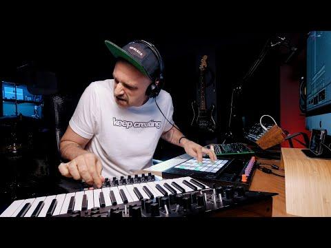 Ableton PUSH Live Jam | minilogue xd, moog mother 32, TR-8 (equanimity)