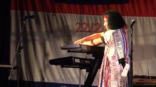 Klo & Kweh - Live show in Sydney ( win twin Piano Skill )