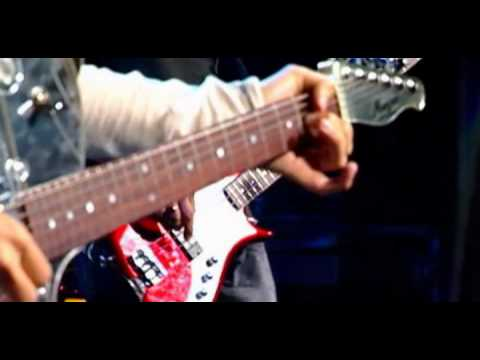 Baixar Muse - Hysteria live @ MTV SuperSonic 2003