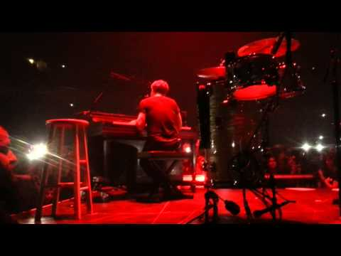 Baixar OneRepublic - Apologize LIVE Vilnius 2014.11.03