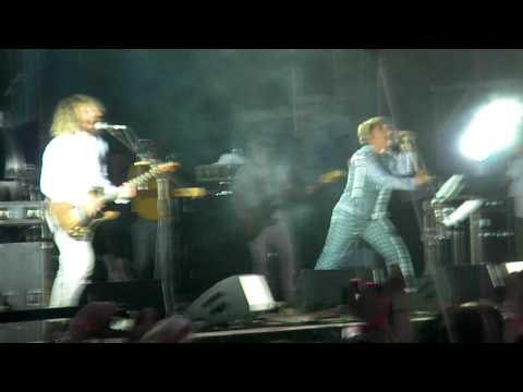 Мумий Тролль - Медведица (Live @ Пикник  Афиши, 31 Июля 2010)