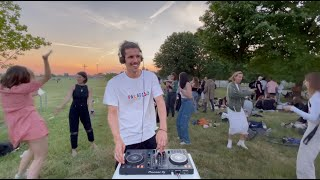 groovy house mix in a berlin park