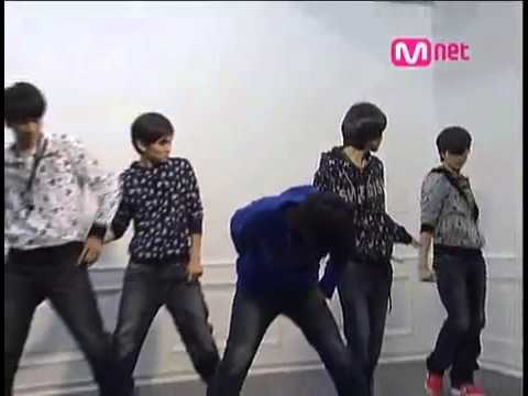 SHINee Replay / Real rare (Rehearsal / Testing out clothes)