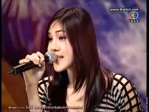 cantora surpreende jurados com uma voz jamais ouvida no mundo