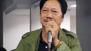 Diễn viên Mai Huỳnh khóc nức nở nghẹn ngào đến viếng diễn viên Nguyễn Hậu ngày cuối năm