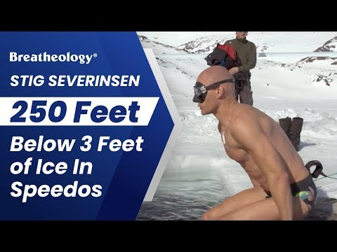 Преплива 80 метри под мраз, во еден здив