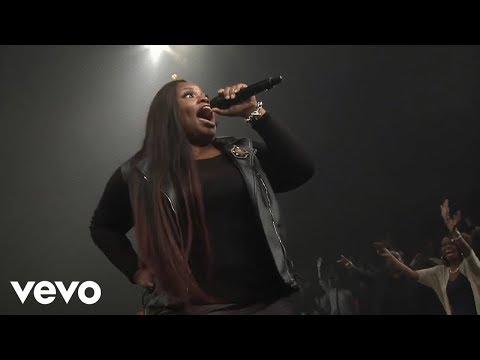 Tasha Cobbs ft. Kierra Sheard - Put A Praise On It (Live) [Official Video]