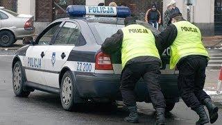 Telefon z marcipánu vs. police