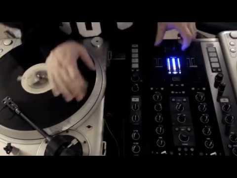 DJ Tecumseh - 1 Minute of Skratch Funk