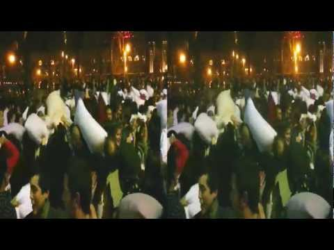 Valentine's Day Pillow Fight 2012 - Justin Herman Plaza, San Francisco [HD] (YT3D:enable=true)