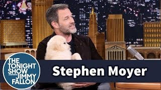 Stephen Moyer Invites Puppies to His Interview