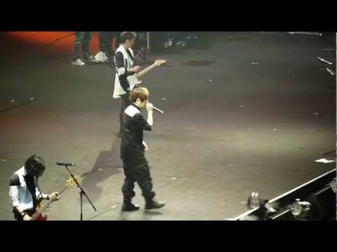 生命有一種絕對 - 五月天 諾亞方舟世界巡迴演唱會新加坡 2012
