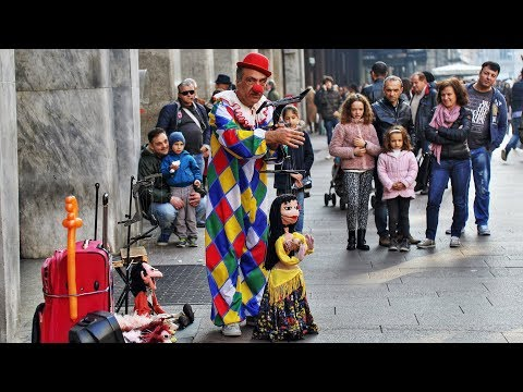 Top 10 Amazing Street Puppet Performers (2018)
