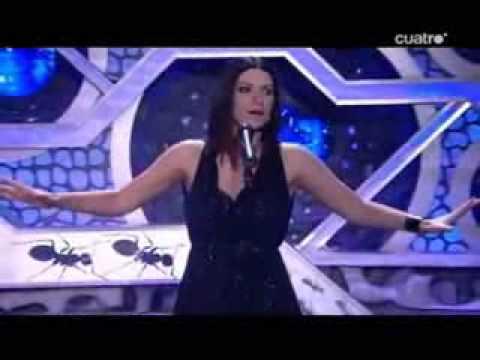 Laura Pausini es Whitney Houston y Pablo Motos, Kevin Costner en