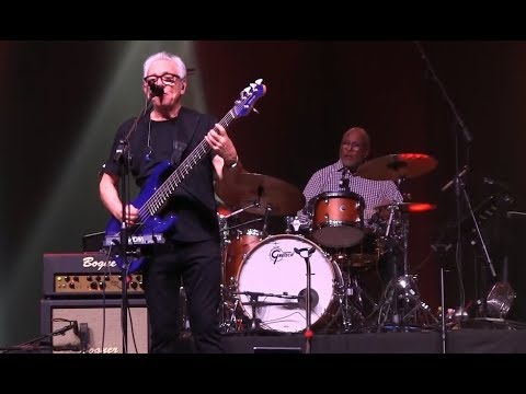 HD - Owner Of A Lonely Heart - Trevor Horn with Dire Straits Legacy - Padua 2018
