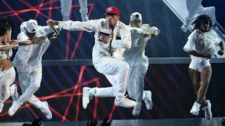 one of CHRIS BROWN best performances by far!!