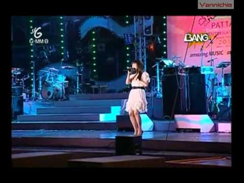 [Thai Sub] Zhang Li Yin - Moving On (Pattaya Music Festival 2010)