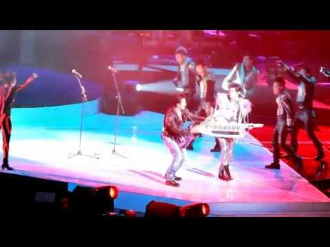 2011周杰倫高雄超時代演唱會(謝霆鋒開場驚嘆號)