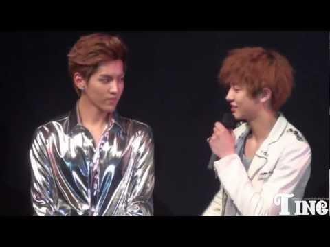 [FANCAM] 120401 - EXO Showcase Talk (Chanyeol talks abt Kris)