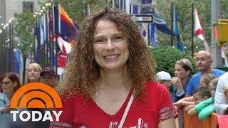 Ambush Makeover: Goodbye Curls, Hello Glamour | TODAY