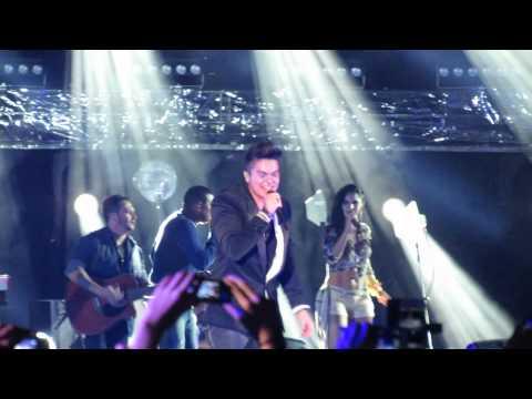 Baixar Garotas Não Merecem Chorar | Luan Santana | Gravação do DVD