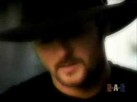 Tim McGraw - Everywhere (Official Music Video)