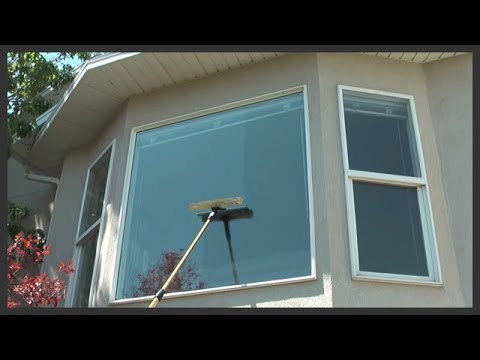 Cleaning exterior windows