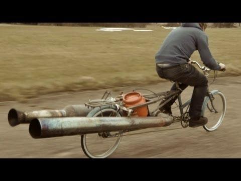 Возење на најопасниот велосипед