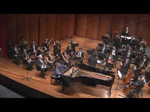 Candecia 3mov piano 20 Mozart Lezlye Berrío Sinfónica Eafit