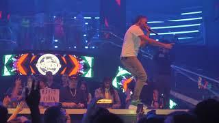 "Mike Towers Performing ""Si Se Da"" Live @ LIV Miami"