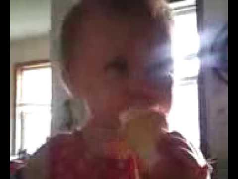 pandora eating ice cream 1