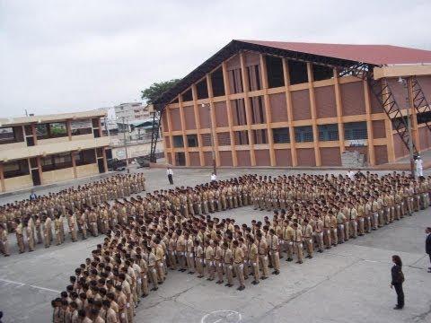 Juramento de la Bandera - Colegio Vicente Rocafuerte 2013 HD