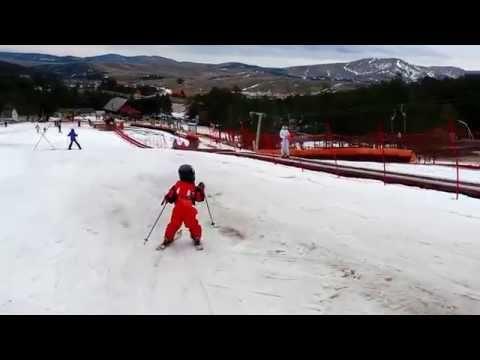 Најталентираниот 3-годишен скијач од Македонија