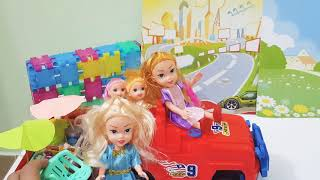 Baby dolls, Little dolls going picnic with red Jeep, Car with snacks juice fun for kids