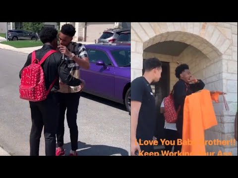 Dejounte Murray's little brother graduated and made honor roll so he bought him a new car ♥️
