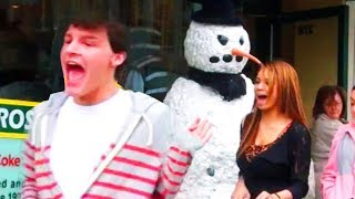 Scary Snowman Hidden Camera Practical Joke US Tour 2013 (31 Minutes)