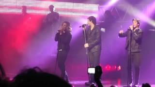 10. BAILAN LOS CHICOS - Y SI ALGUNA VEZ - TEEN ANGELS GRAN REX 2011