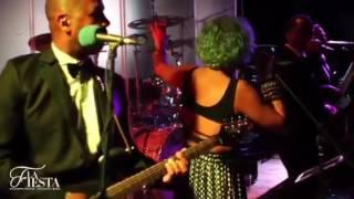 Bekijk video 3 van La Fiesta op YouTube