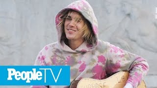 Justin Bieber Serenades Hailey Baldwin Outside Buckingham Palace With One Of His Songs | PeopleTV