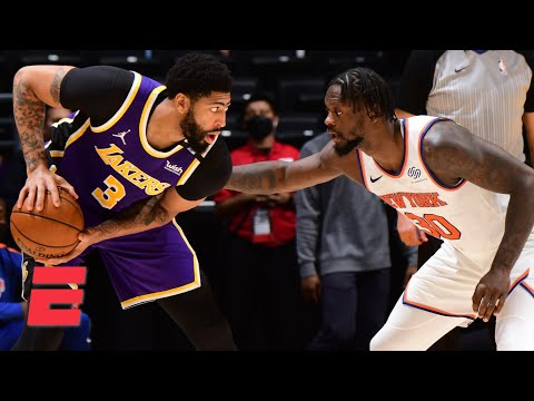 Reacting to the Lakers' OT win vs. the Knicks and Anthony Davis hobbling on the court | KJZ