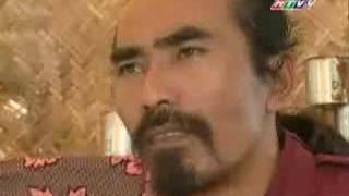 Kinh Van Hoa-Episode 02 (Nhung con gau bong)-Part 4