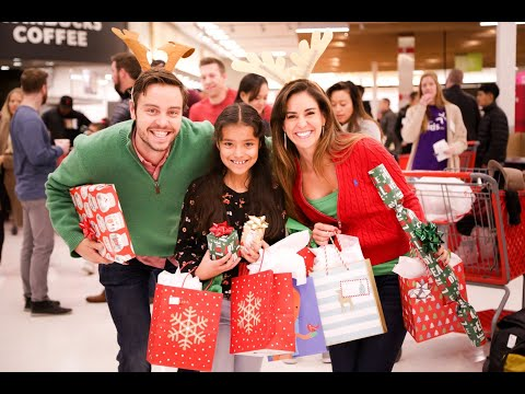 2020 Christmas for Kids event | Denver Active 20-30 Children's Foundation | Sponsored by Century Communities