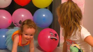 Girl and papa learninig colors with balloons Video for toddlers and kids